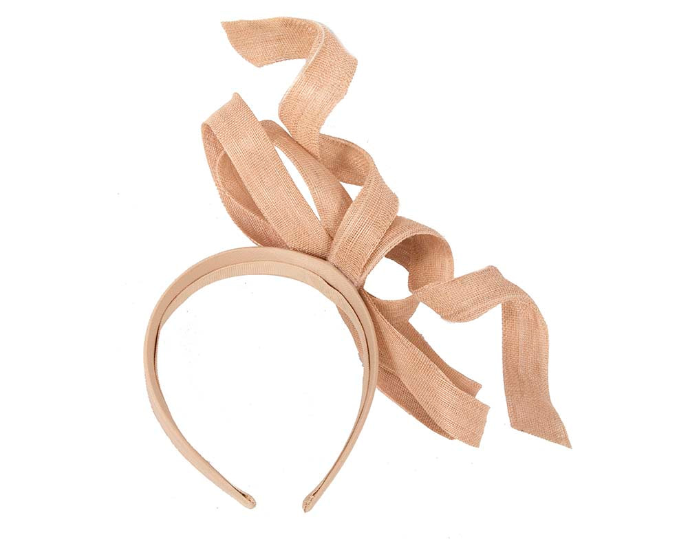 Exclusive nude fascinator by Fillies Collection