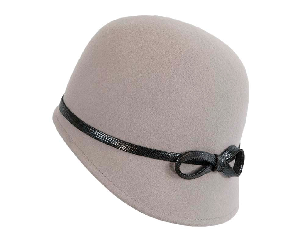 Grey felt bucket hat by Max Alexander