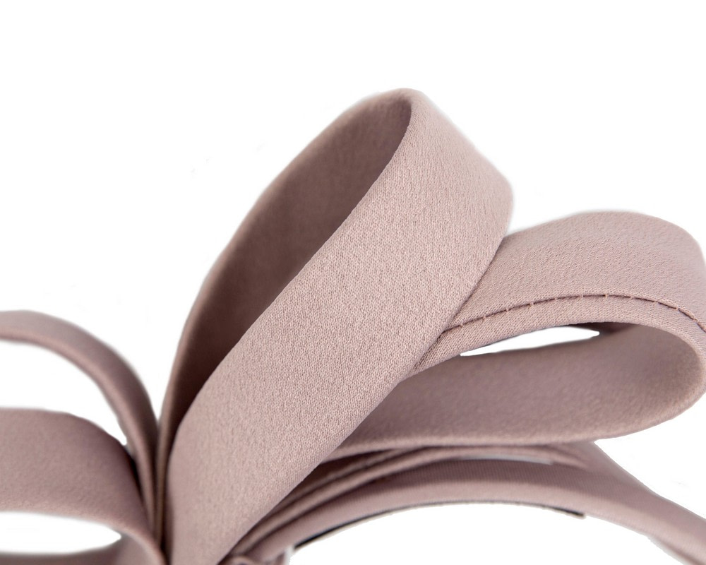 Taupe bow racing fascinator by Max Alexander