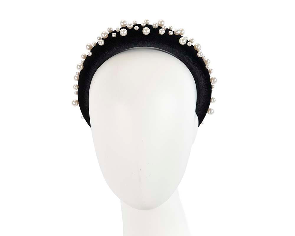 Puffy black headband with pearls