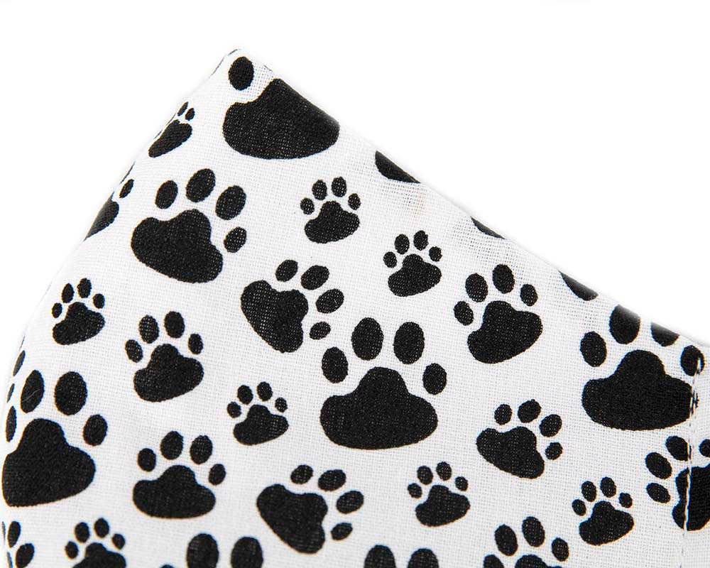 Comfortable re-usable cotton face mask with animal paw