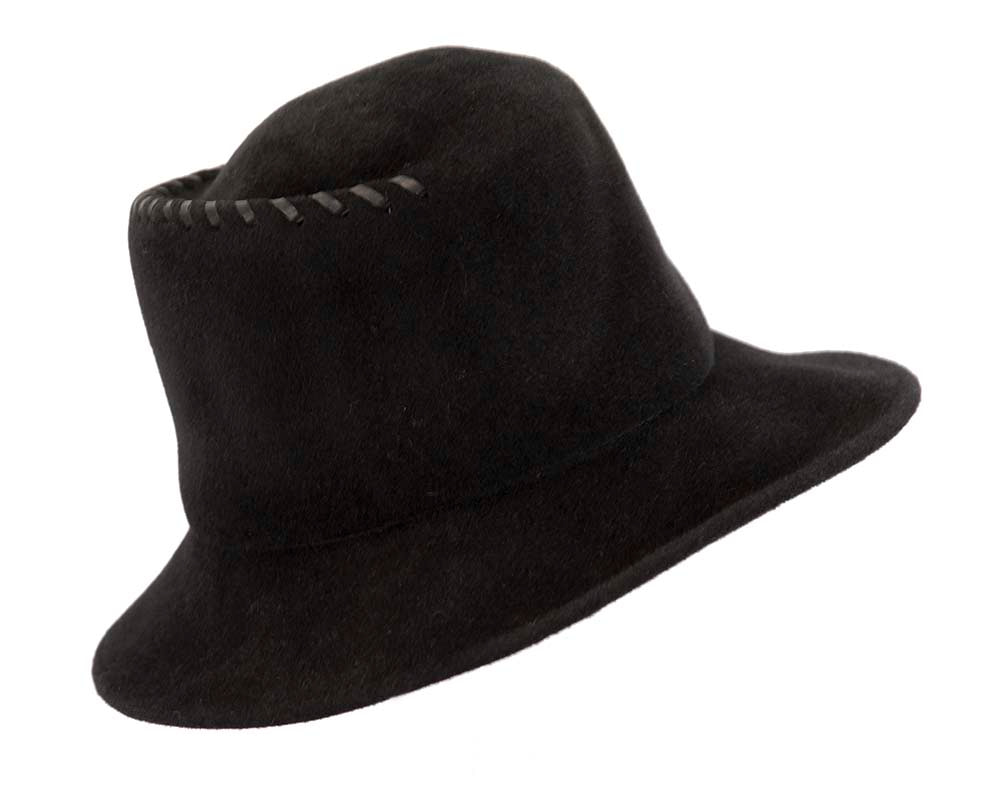 Exclusive black bucket hat with leather trim