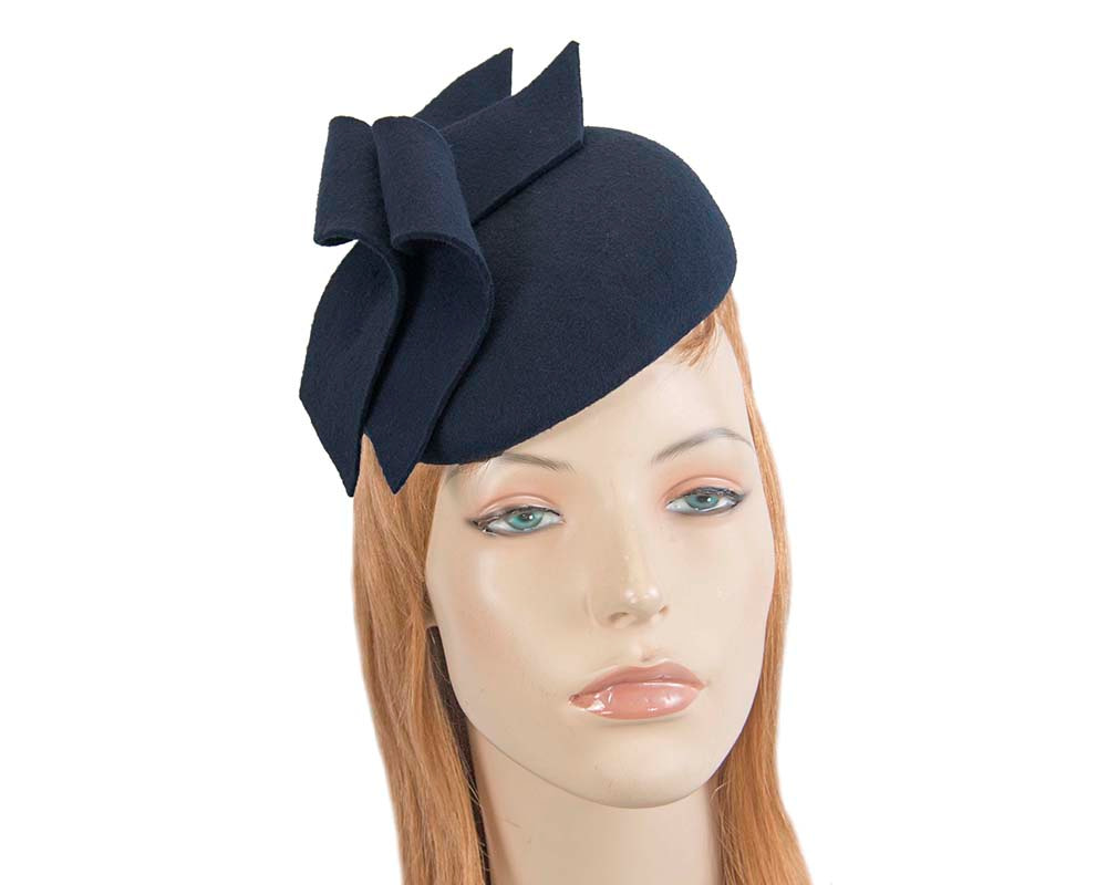 Modern navy winter felt pillbox by Max Alexander
