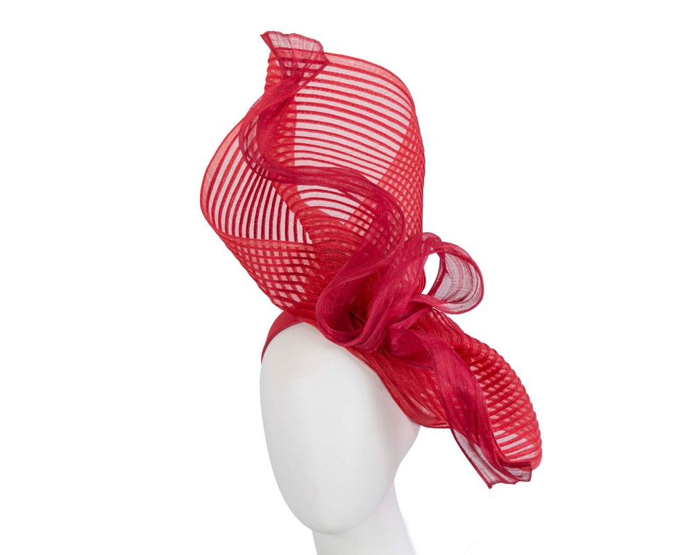 Tall red bespoke racing fascinator by Fillies Collection