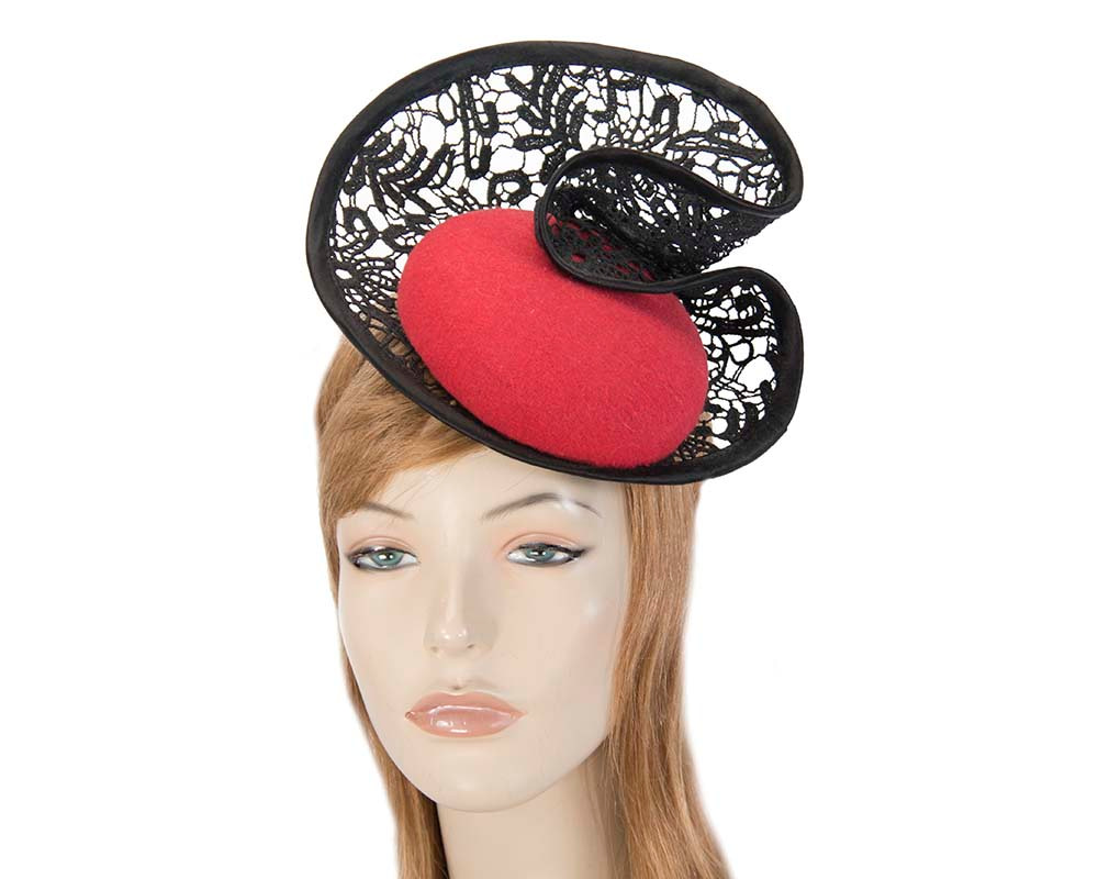 Red lace autumn winter racing fascinator