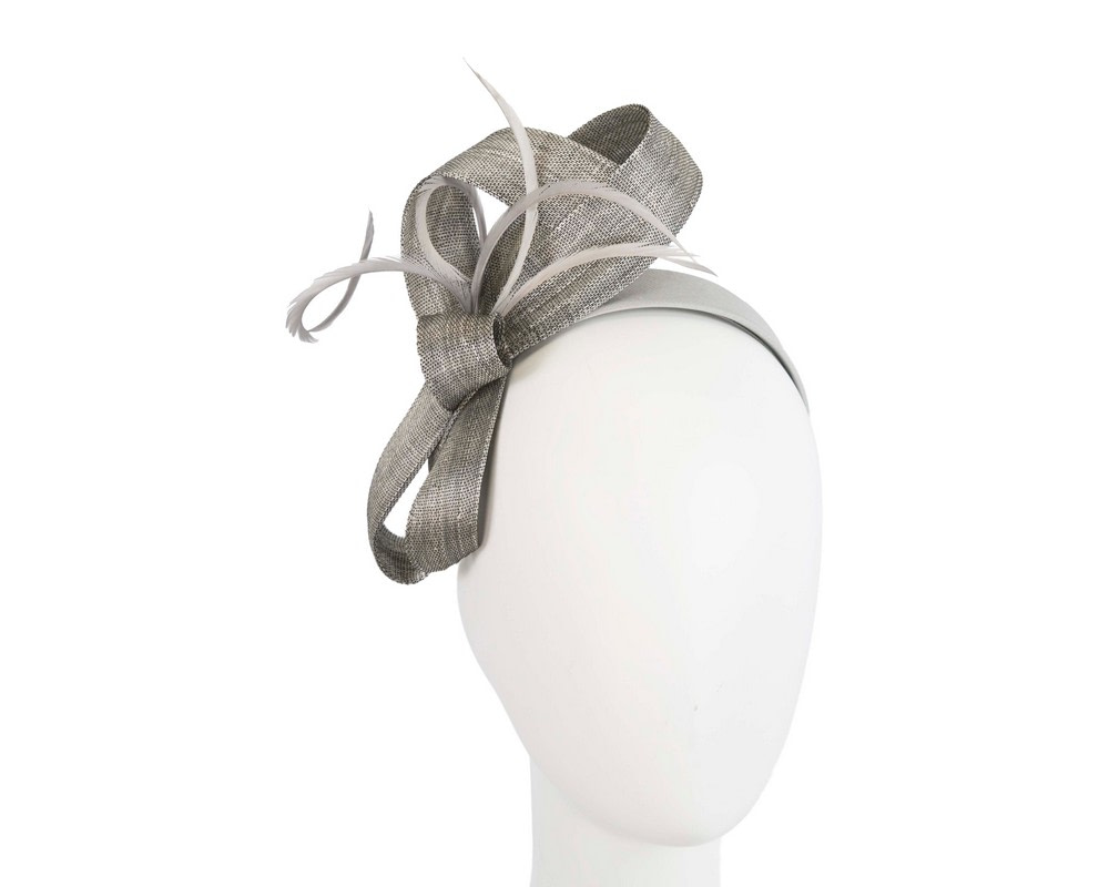 Silver abaca loops and feathers racing fascinator by Fillies Collection