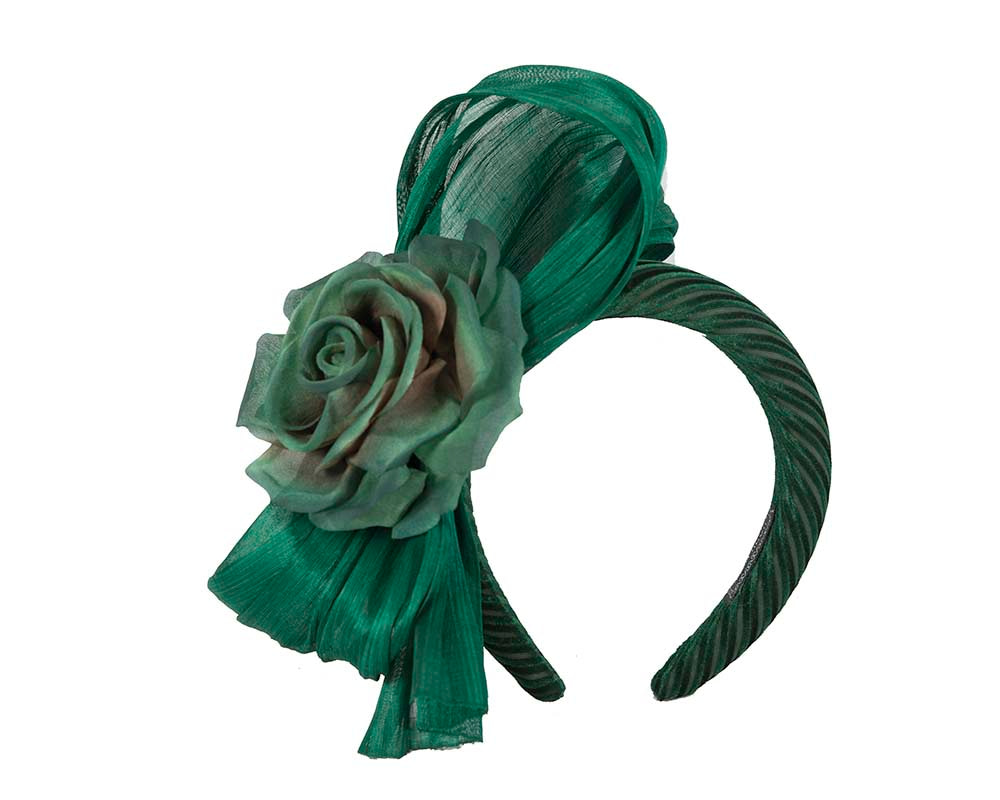 Green bow fascinator by Cupids Millinery Melbourne