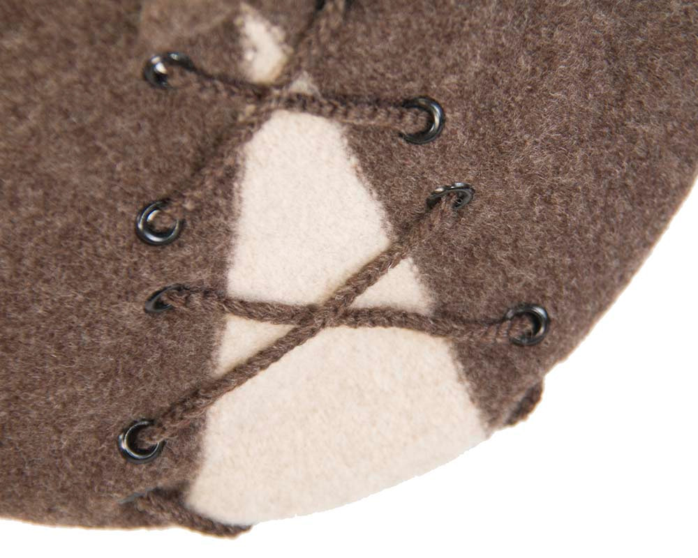 Stylish winter french beret  with shoelace by Max Alexander