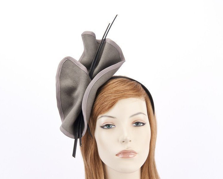 Grey felt fascinator with sticks J301G