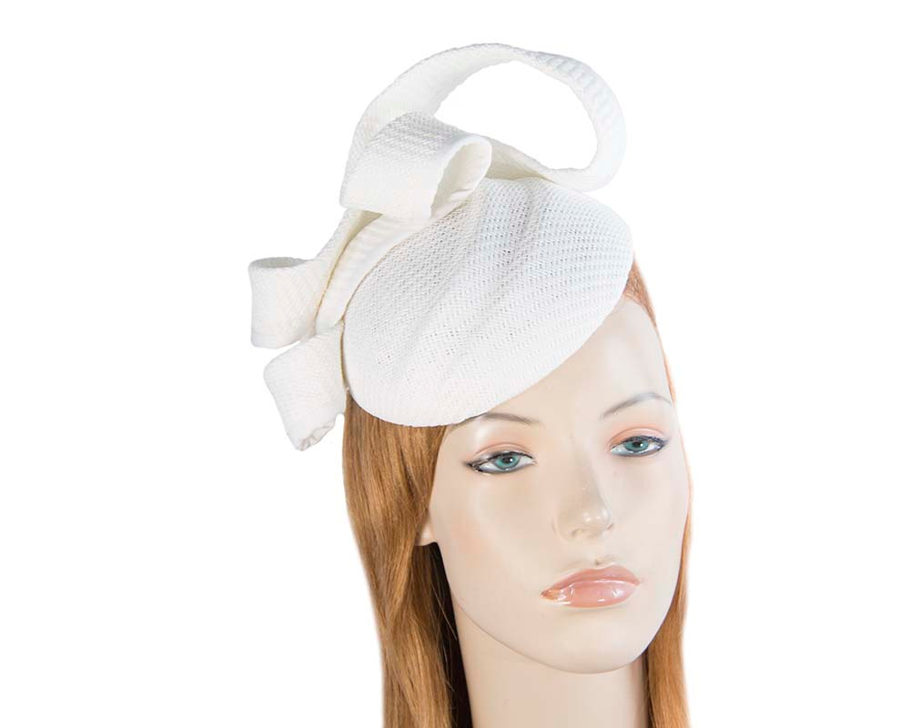 White pillbox fascinator by Max Alexander