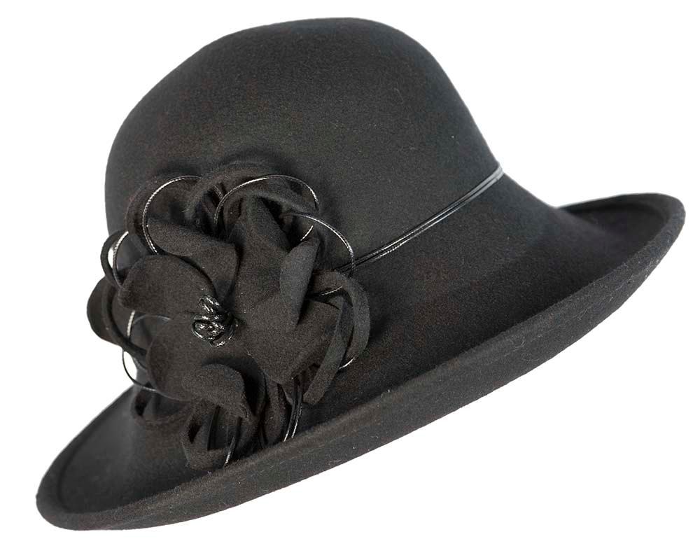 Black felt ladies fashion hat by Max Alexander