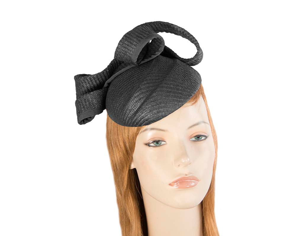 Black pillbox fascinator by Max Alexander