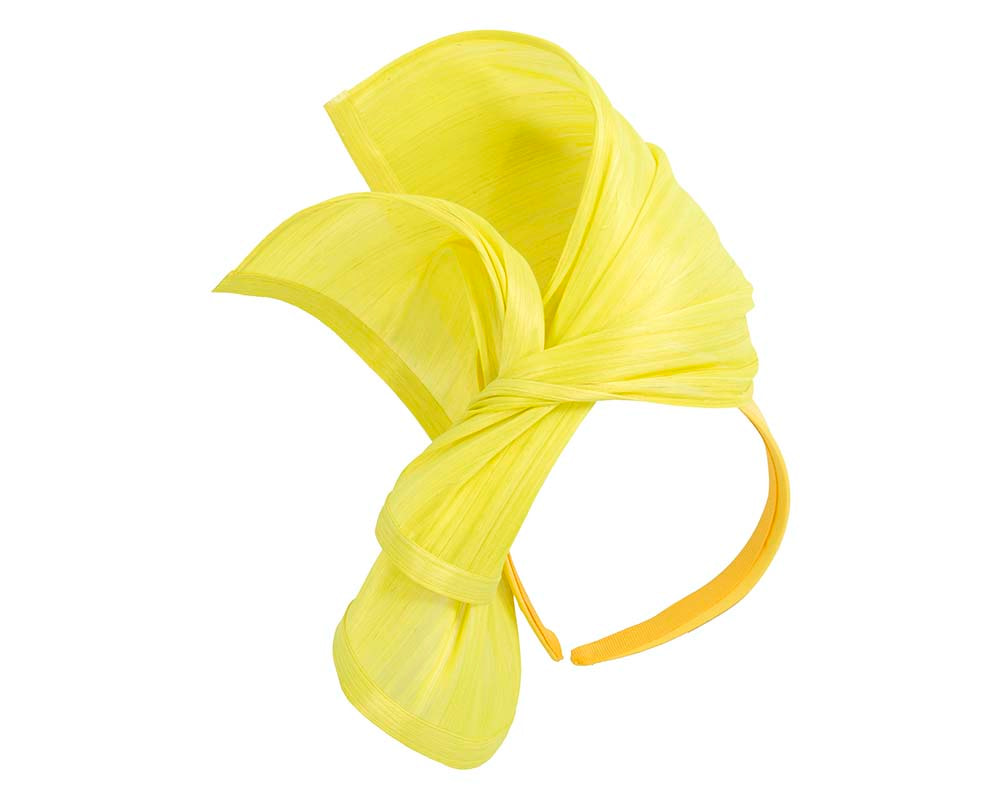 Bespoke yellow silk abaca racing fascinator by Fillies Collection