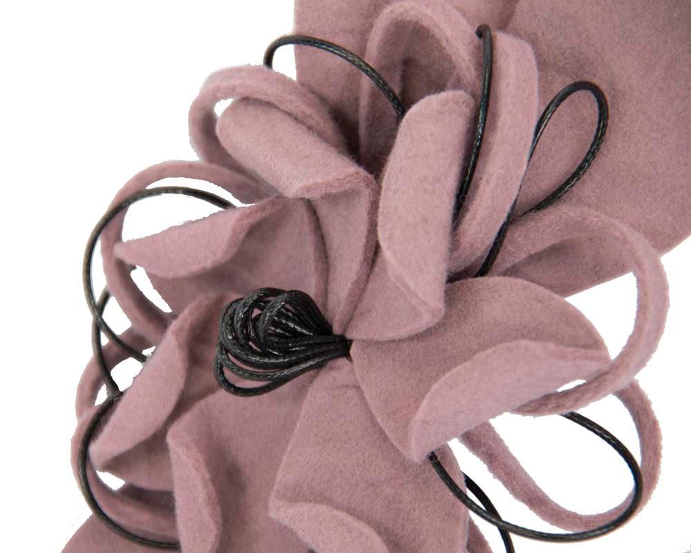 Dusty pink felt flower racing fascinator