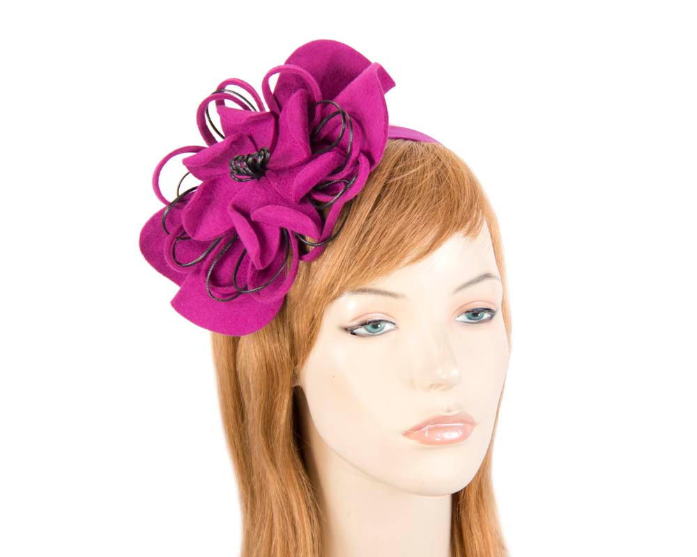 Fuchsia felt flower racing fascinator