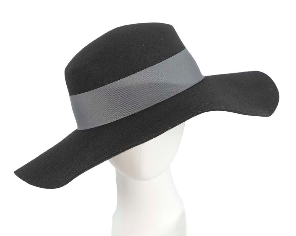 Wide brim black winter boater hat by Betmat hat