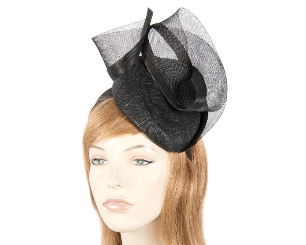 Tall black pillbox fascinator