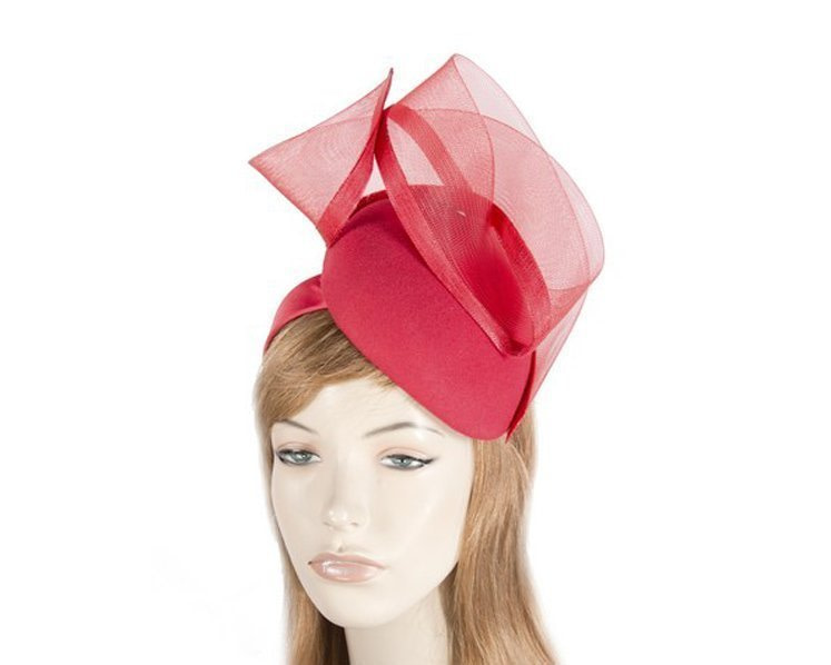 Red pillbox winter racing fascinator