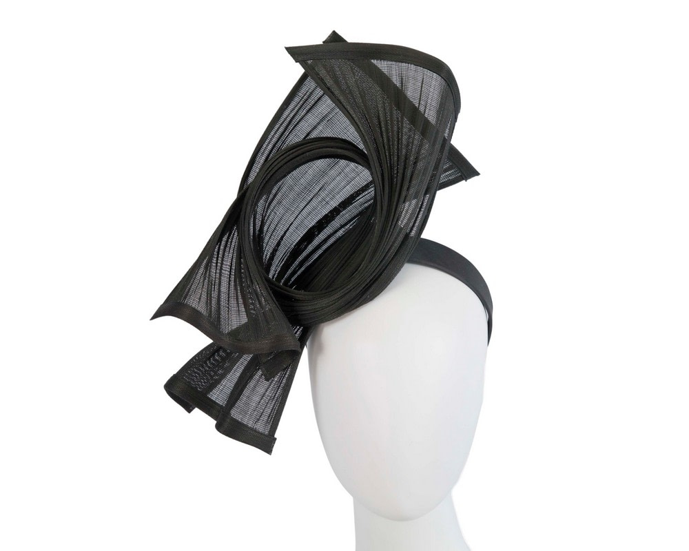Bespoke black jinsin racing fascinator by Fillies Collection