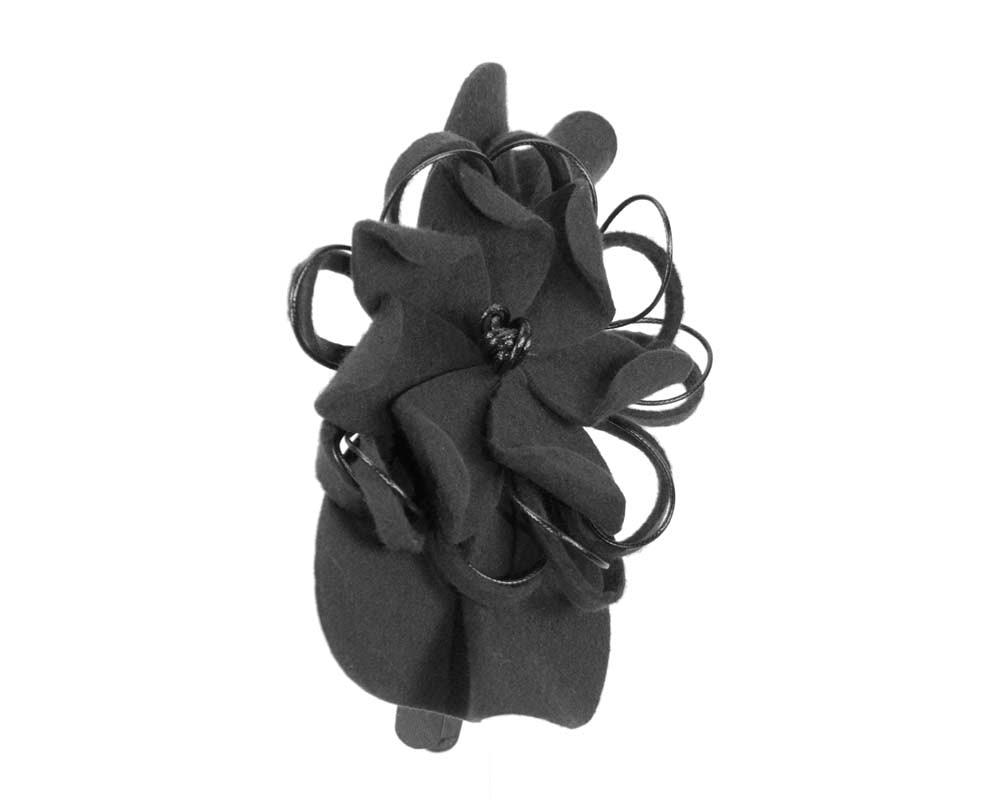 Black felt flower racing fascinator