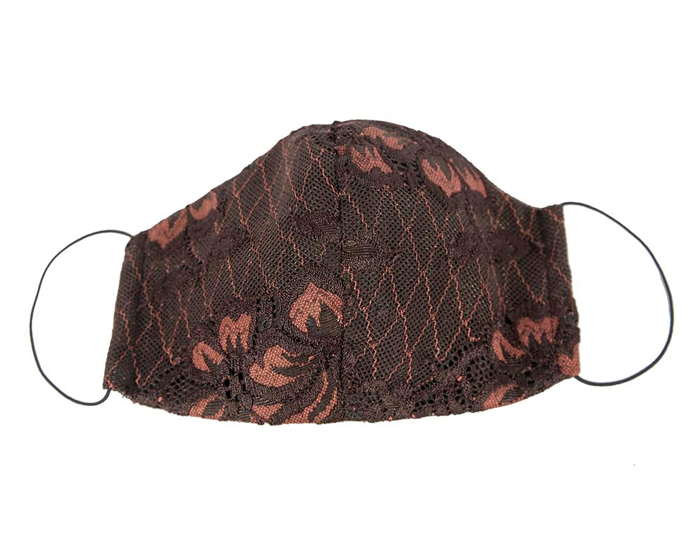 Comfortable re-usable face mask with lace