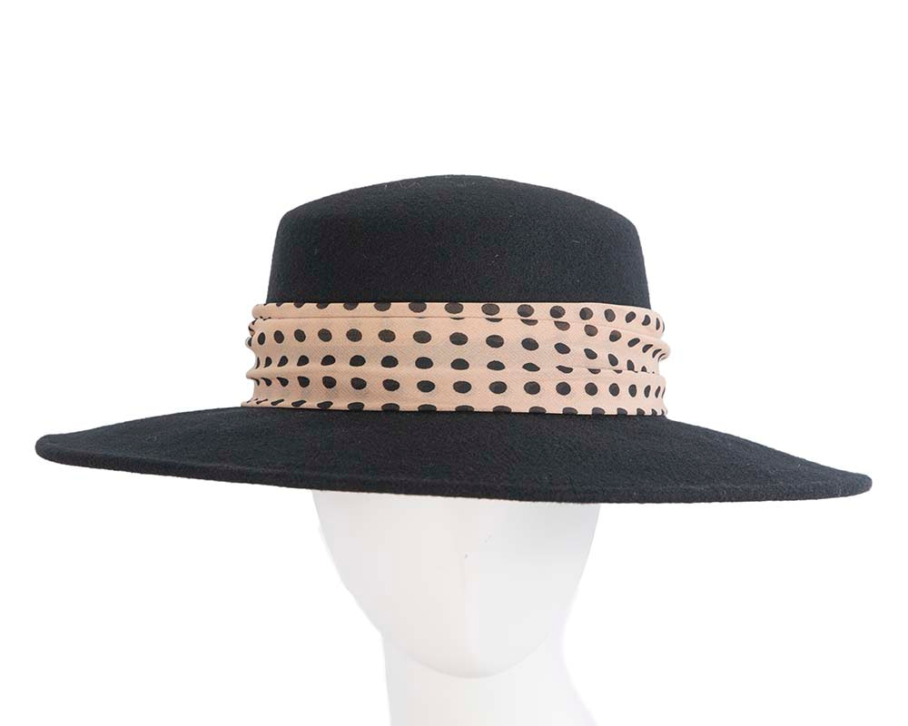 Wide brim ladies winter black felt hat with scarf