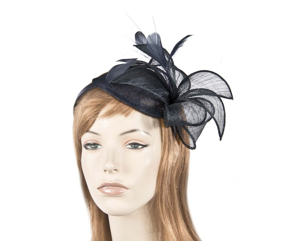 Dazzling black fascinator