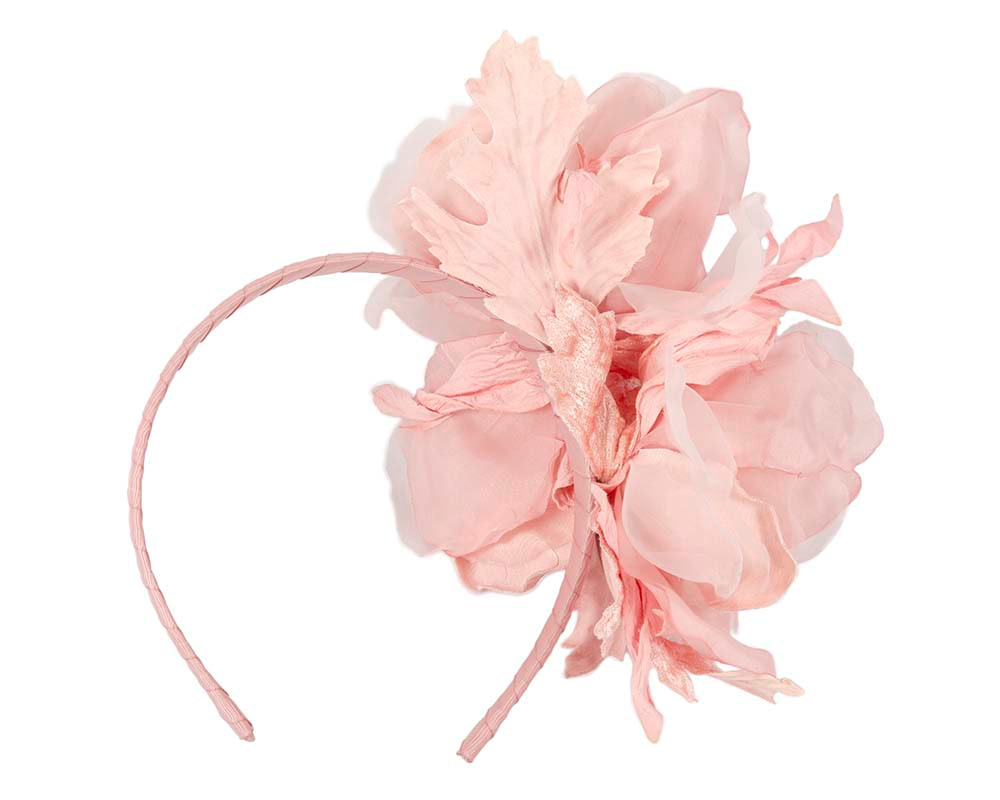 Pink flower fascinator by Fillies Collection
