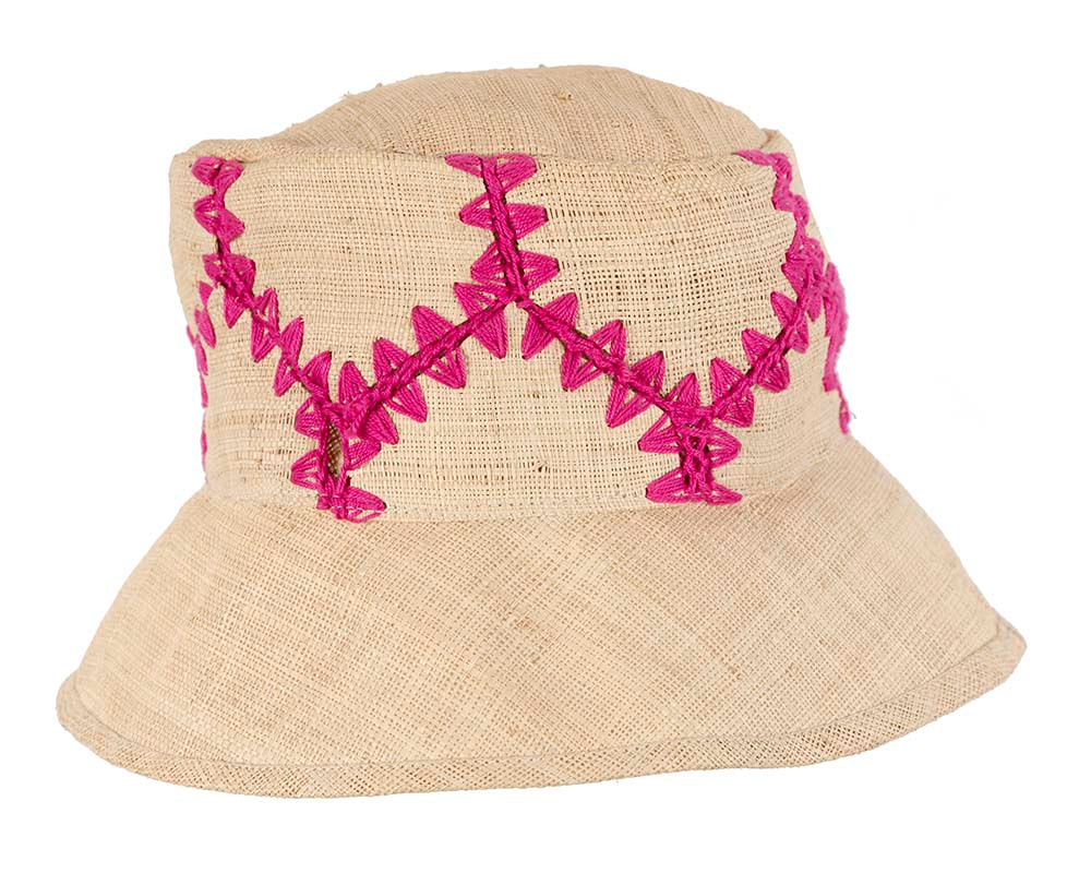 Summer sun bucket hat with fuchsia stitches
