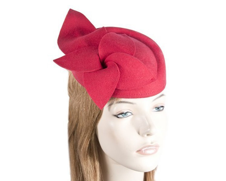 Red felt pillbox fascinator