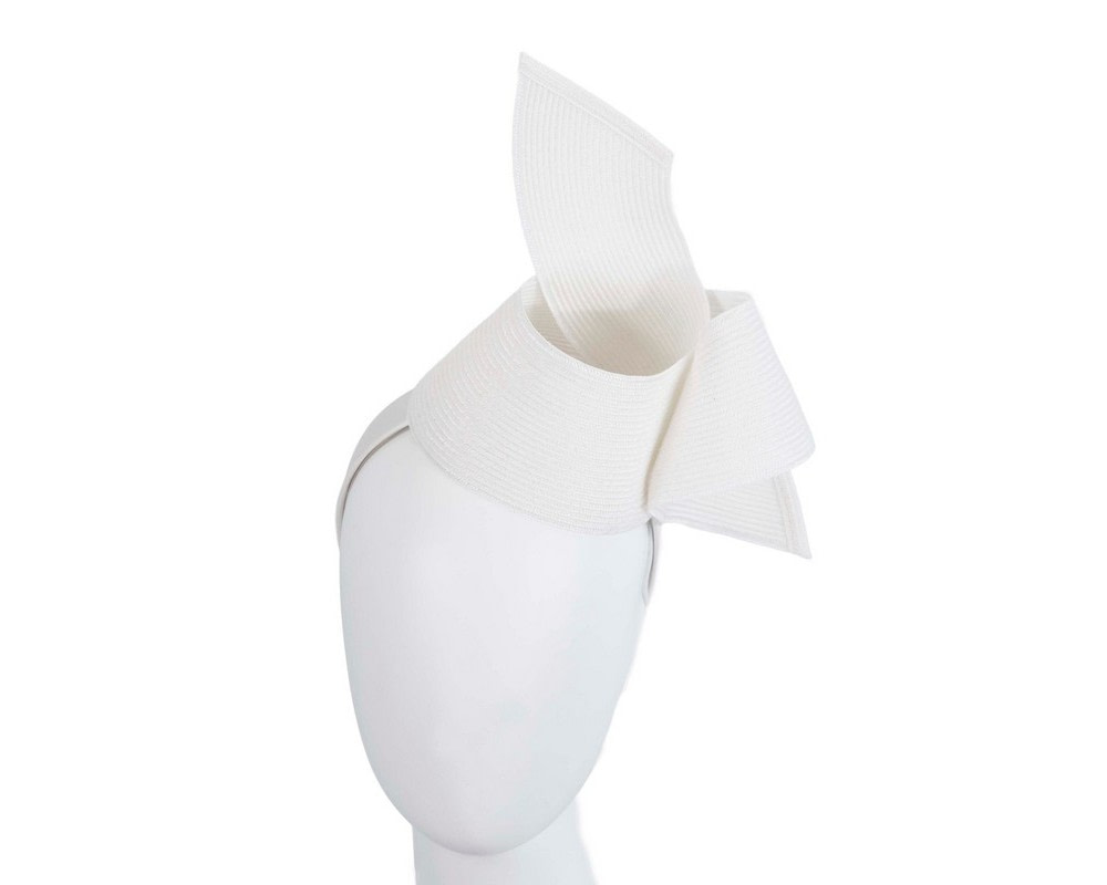 Modern white fascinator by Max Alexander