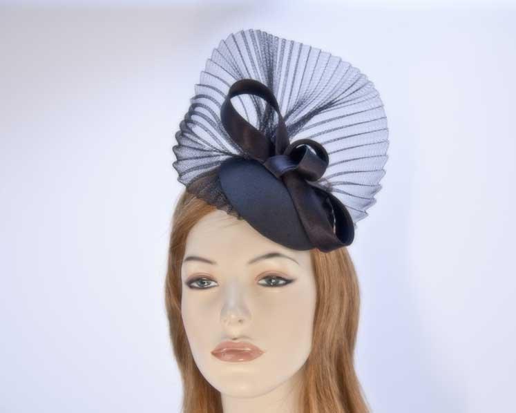 Custom made fascinator hat for special ocassion