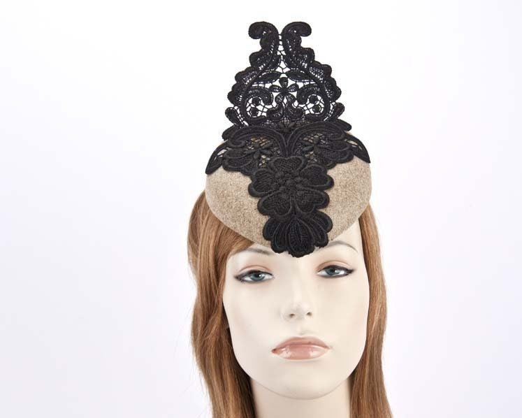 Beige pillbox fascinator with black lace F585BE