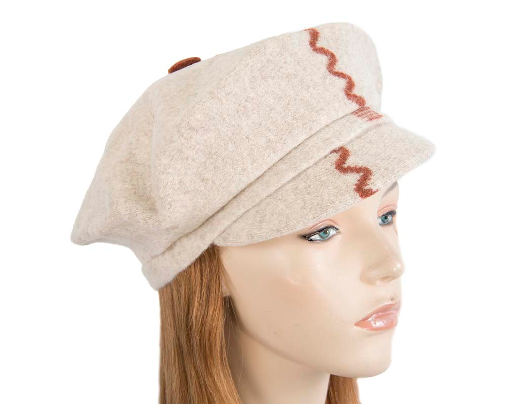 Cream winter newsboy cap by Max Alexander