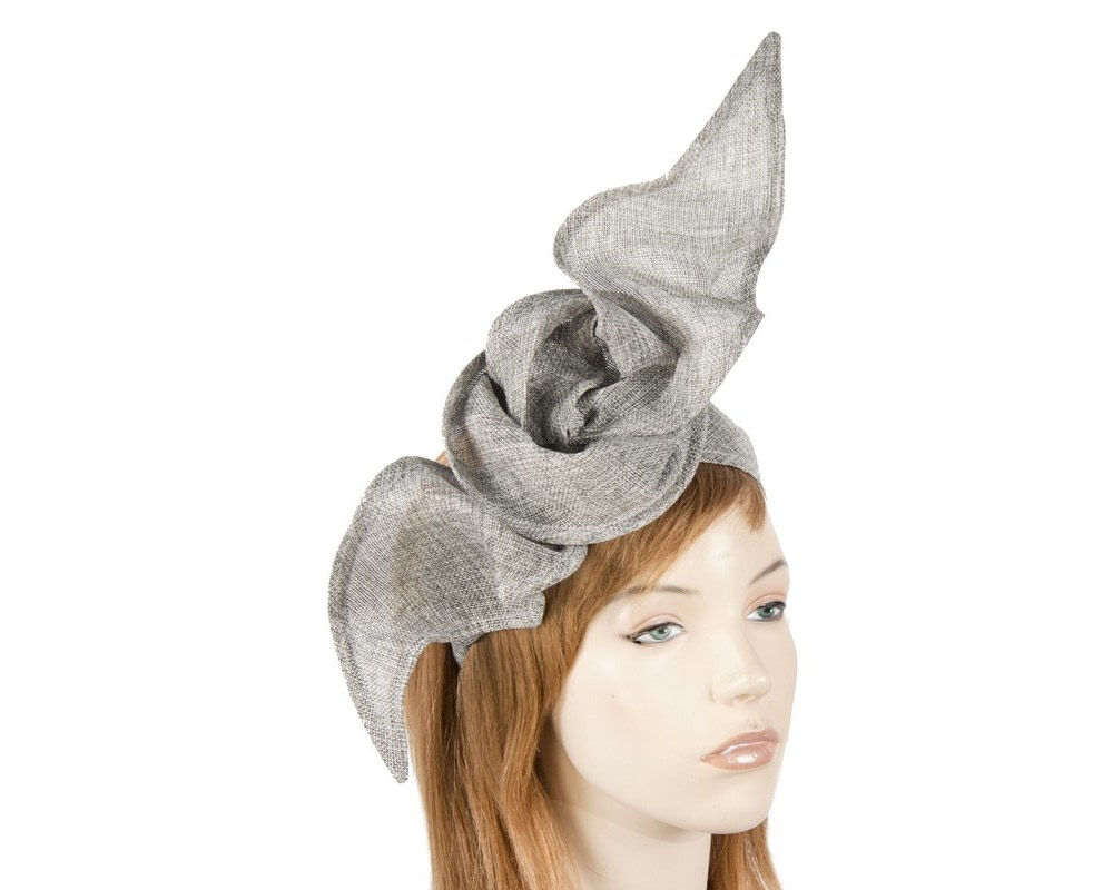 Silver linen constructed fascinator