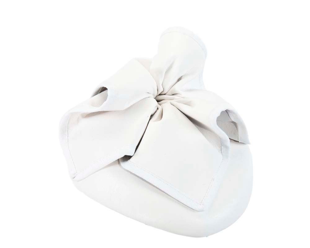 White leather racing pillbox fascinator