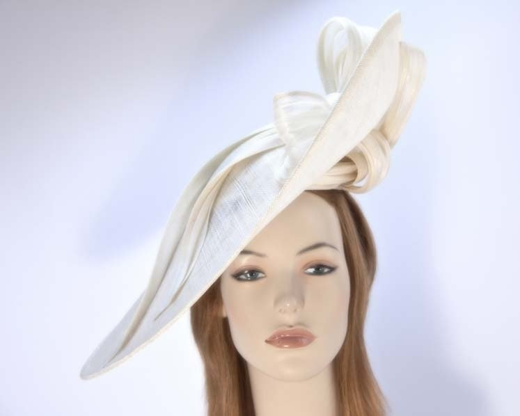 Large cream fascinator hat for Melbourne Cup Ascot races buy online in Aus S131C