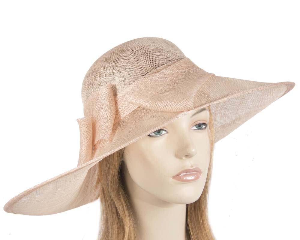 Wide brim nude hat