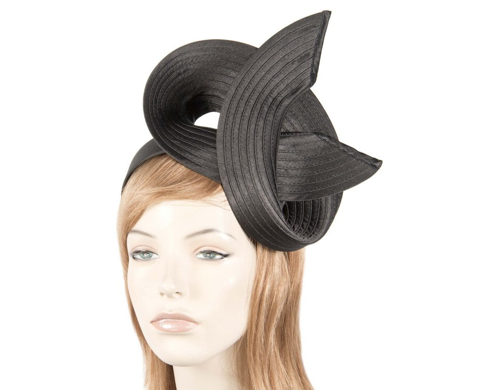Black swirl fascinator