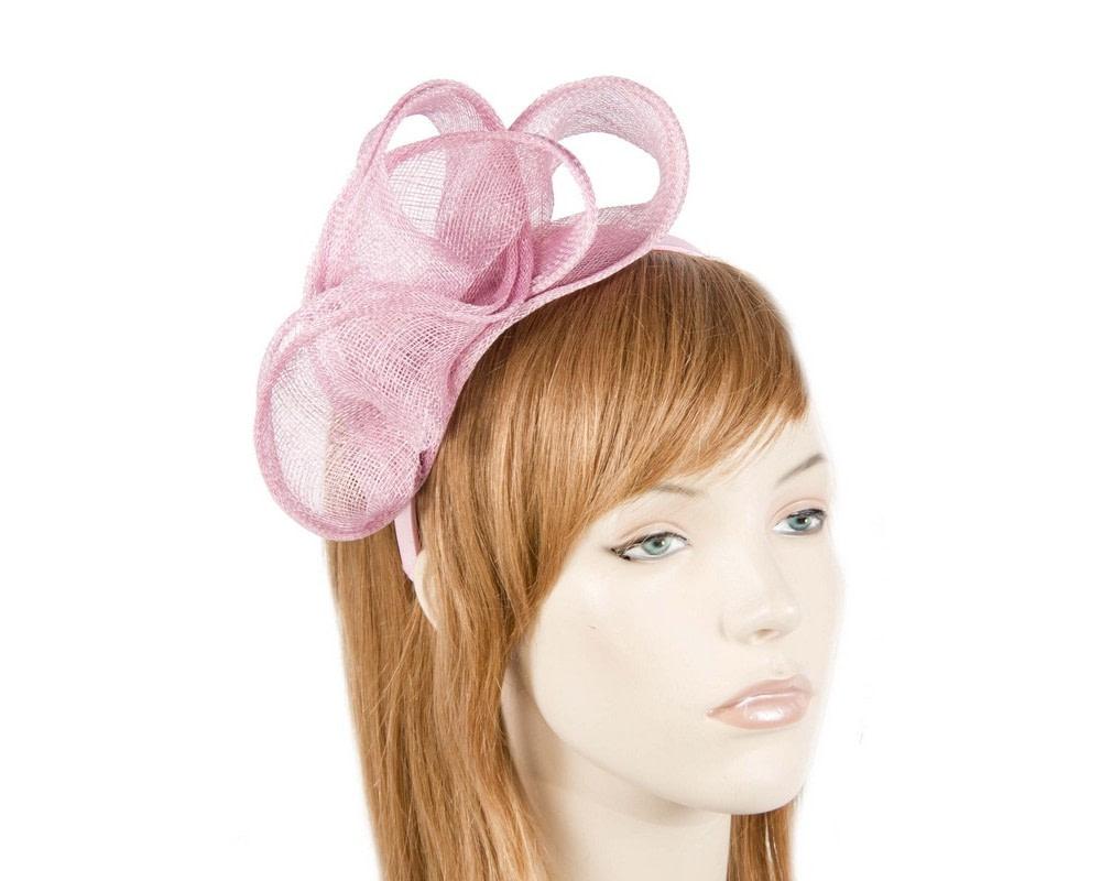Pleated pink fascinator
