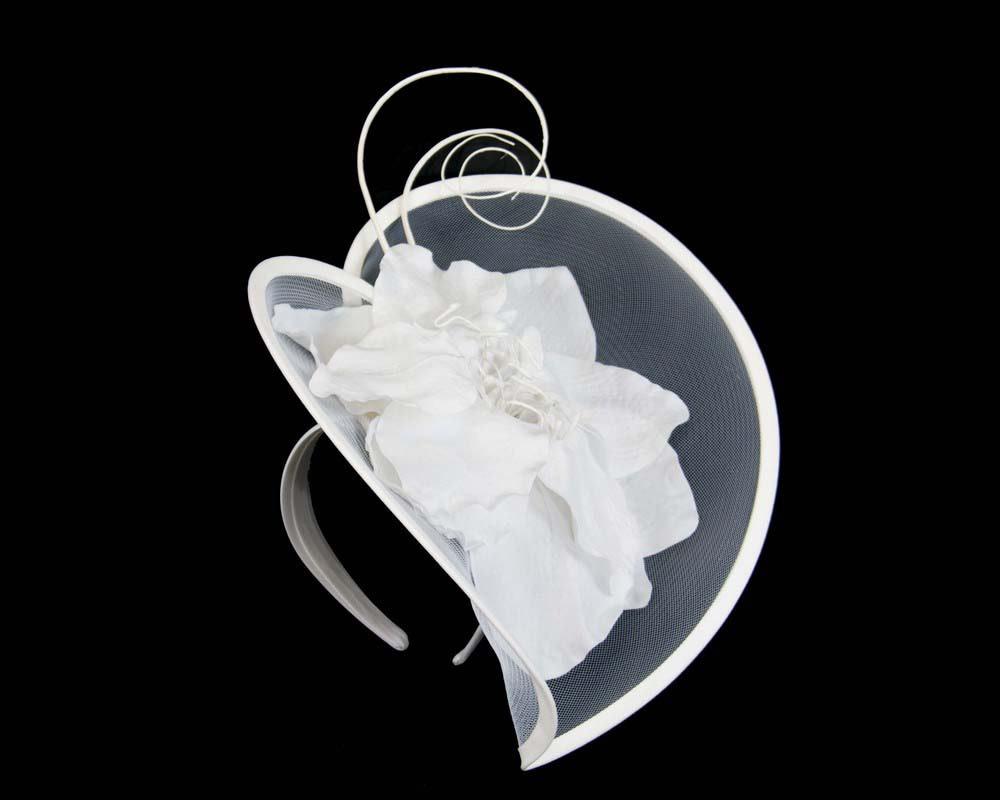 Large white flower heart fascinator