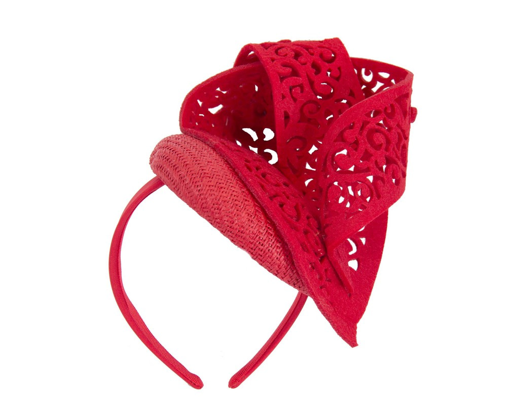 Red racing fascinator with laser-cut ornament by Fillies Collection