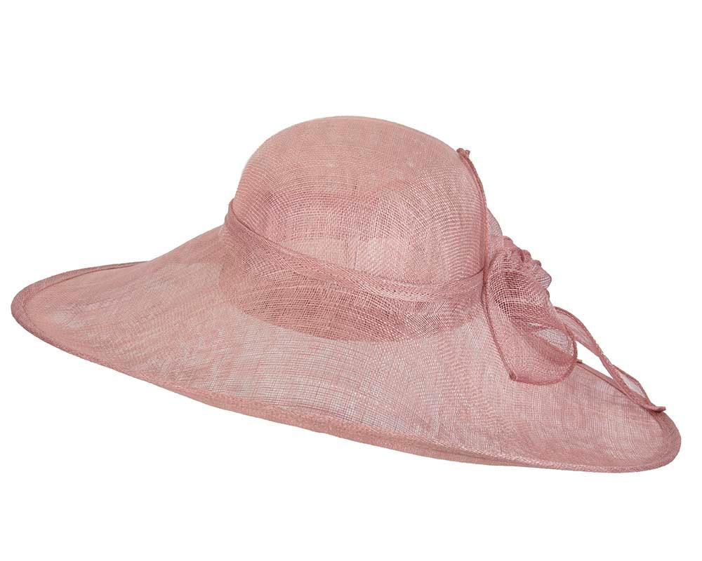 Dusty pink wide brim racing fashion hat by Max Alexander