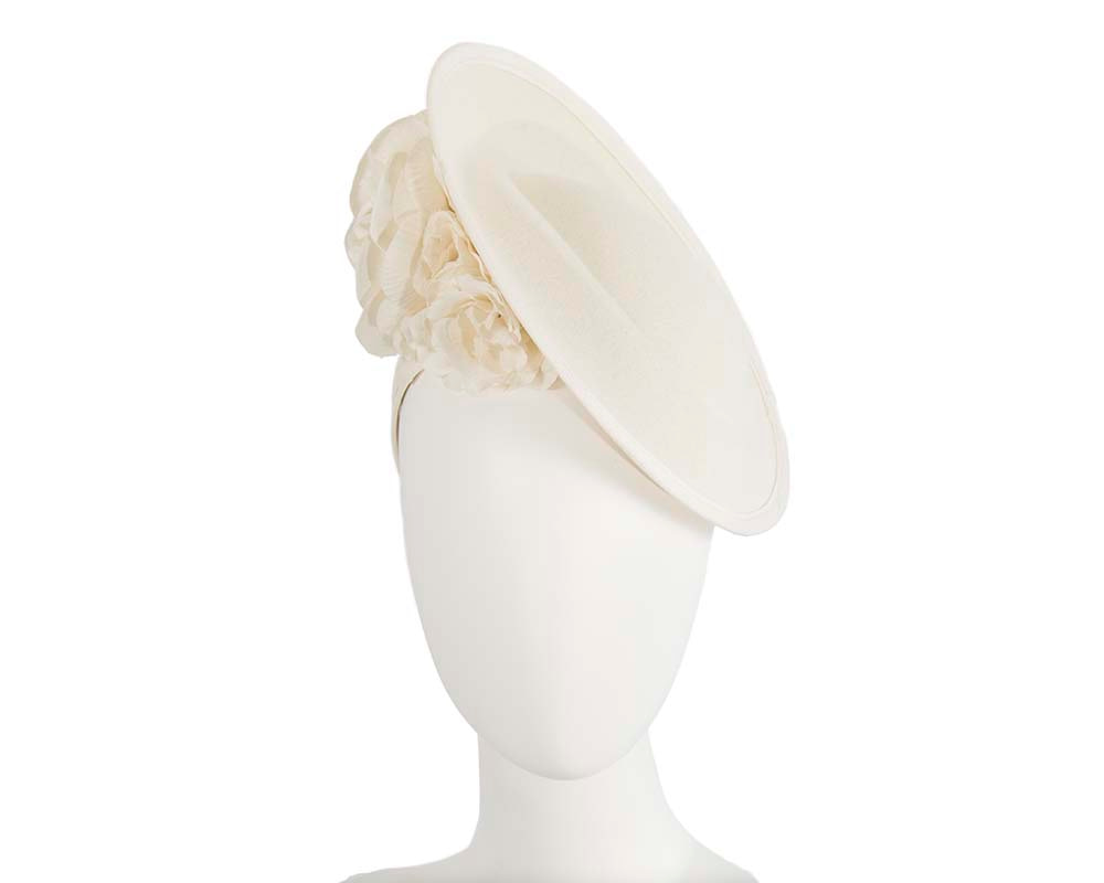 Large cream plate with flowers winter racing fascinator