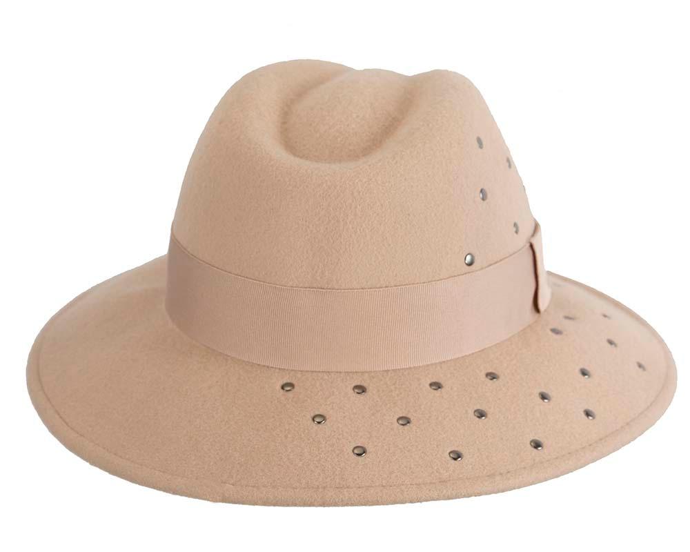 Exclusive wide brim beige fedora felt hat by Max Alexander
