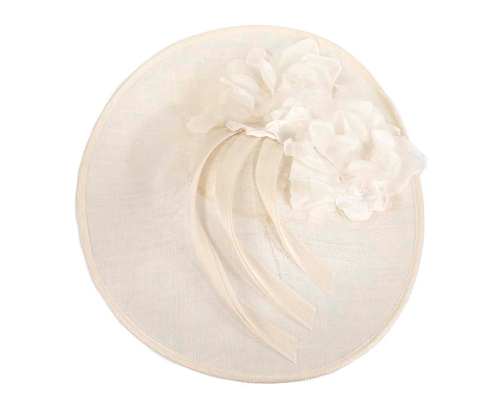 Large cream plate racing fascinator by Fillies Collection