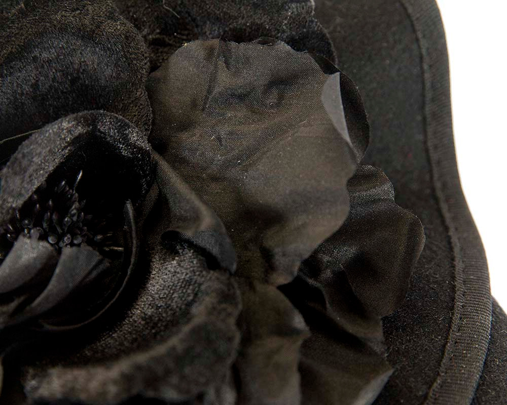 Black felt designers racing fascinator by Fillies Collection