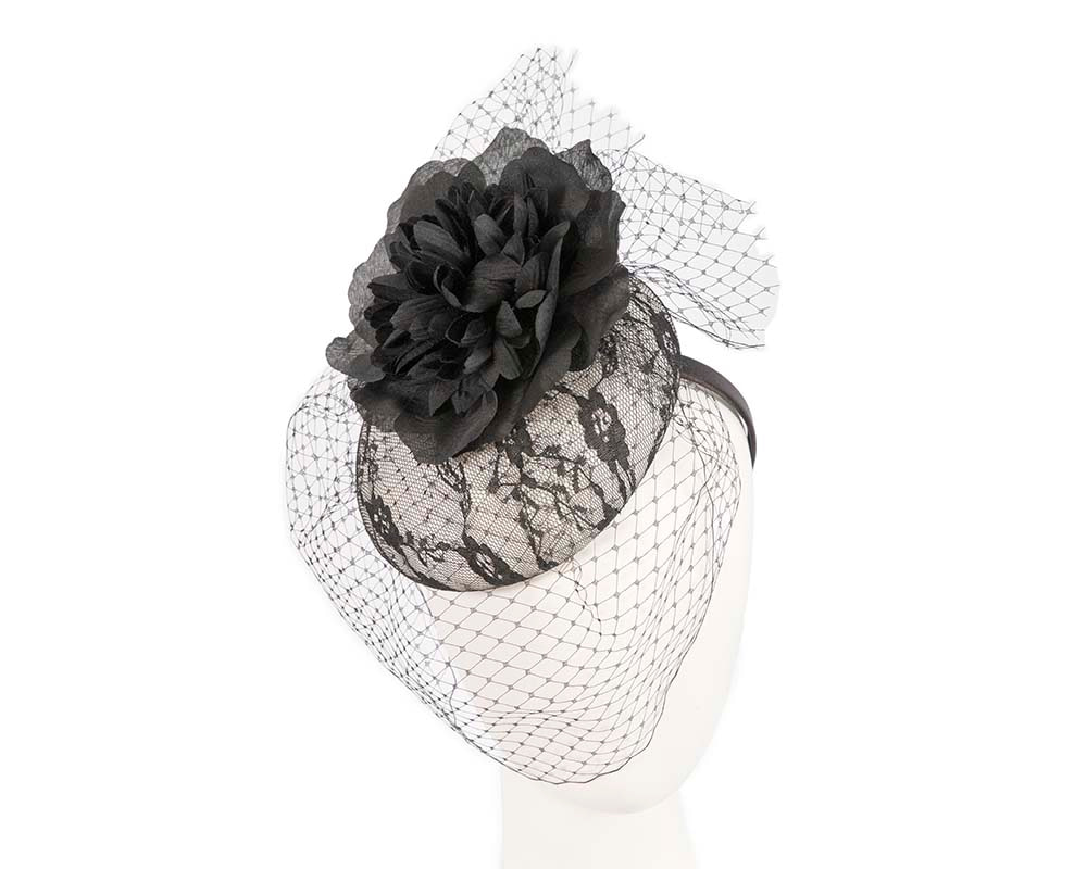 Black & White fascinator with veil by Cupids Millinery Melbourne