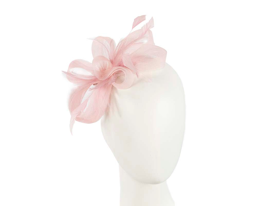 Custom made pink fascinator by Cupids Millinery