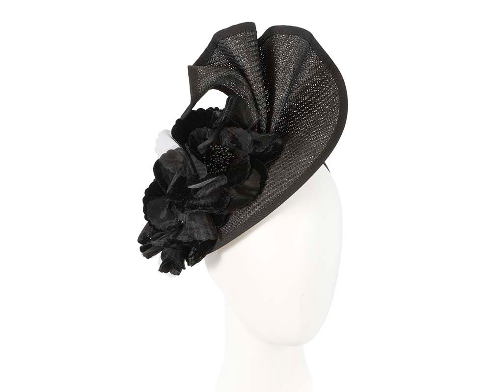 Black racing fascinator by Fillies Collection